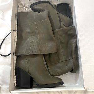 Over the knee boots BRAND NEW in box